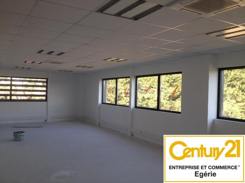 Bureaux à louer - 146.0 m2 - 77 - Seine-et-Marne