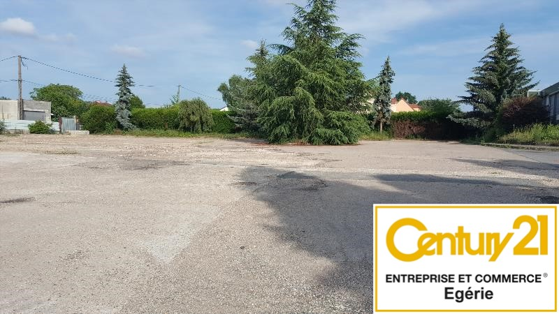 Terrain à louer - 5800.0 m2 - 77 - Seine-et-Marne