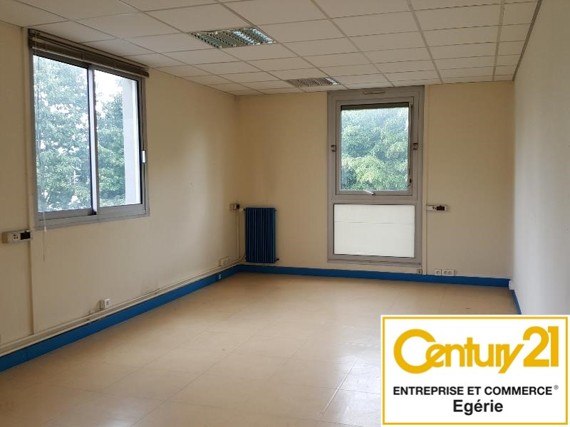 Bureaux à louer - 446.0 m2 - 77 - Seine-et-Marne