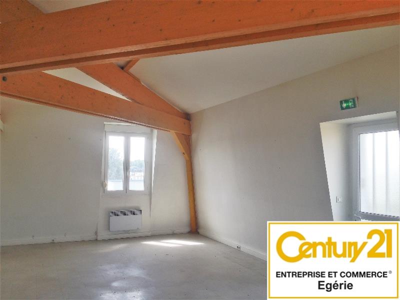 Bureaux à louer - 130.0 m2 - 77 - Seine-et-Marne